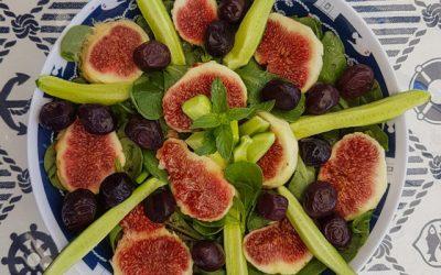 Purslane salad with figs