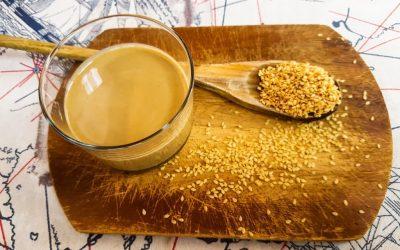 Cos'è il TAHIN: un superfood che si può fare anche a casa