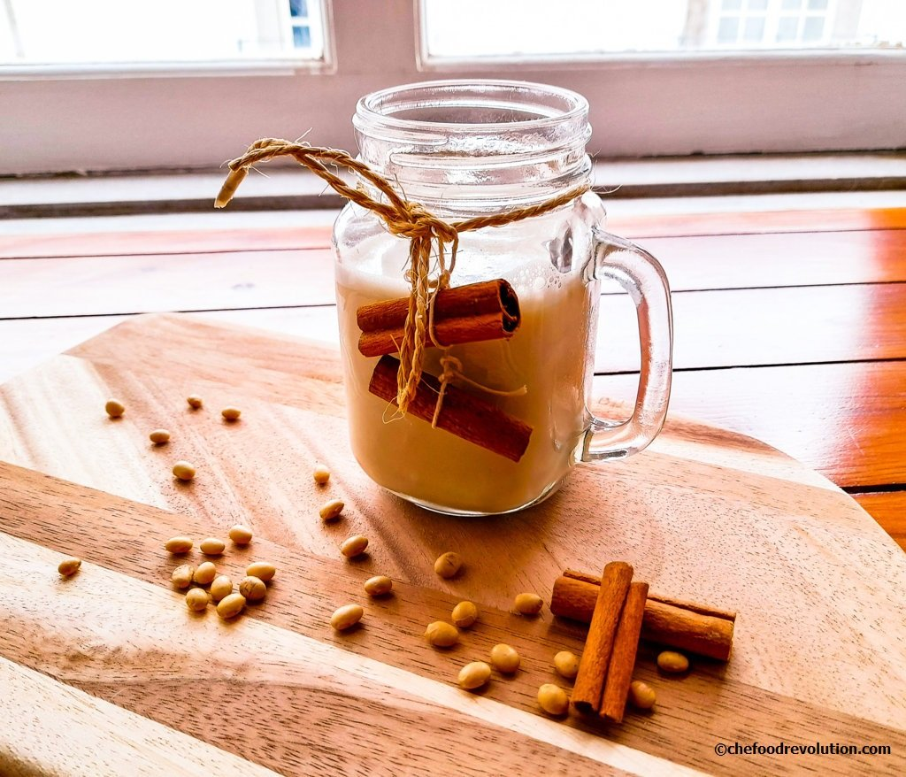 Homemade Soy Milk: how and why you should do it yourself (DIY)