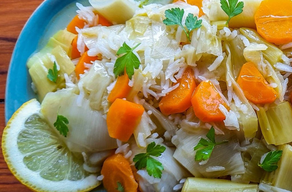 Braised leeks and carrots with citrus sauce: delicious, healthy and so fast