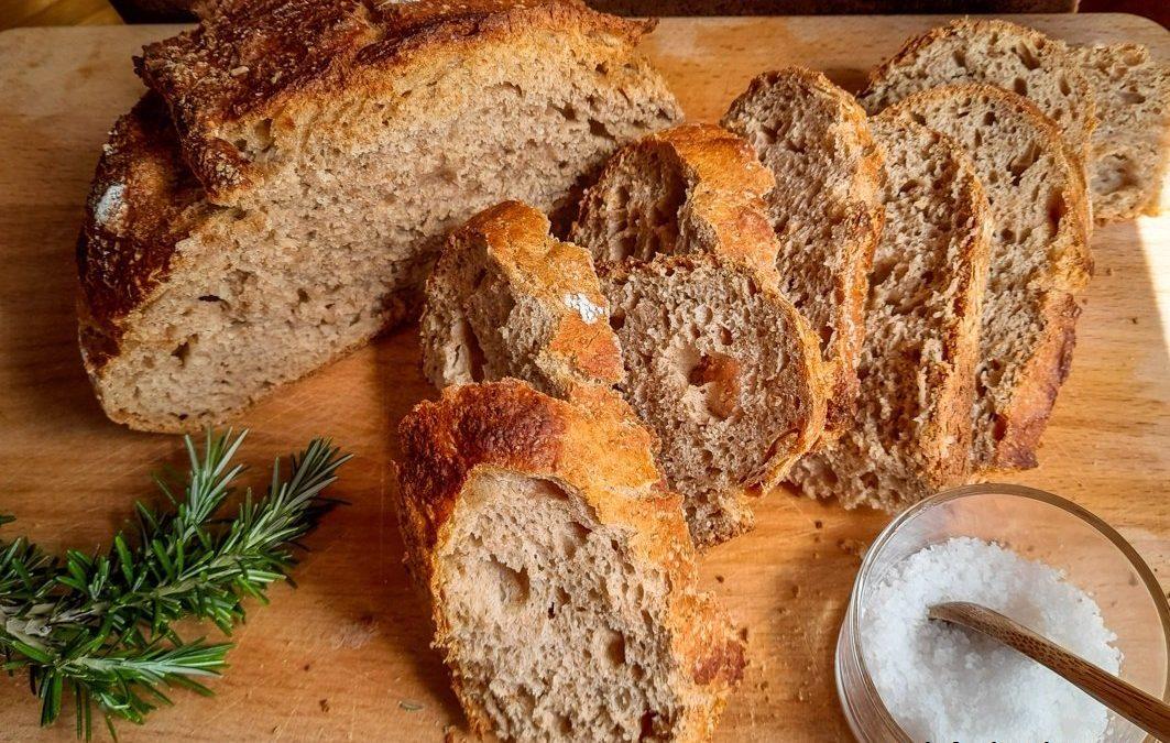 Pane integrale con lievito madre liquido: ricetta pratica, senza impasto