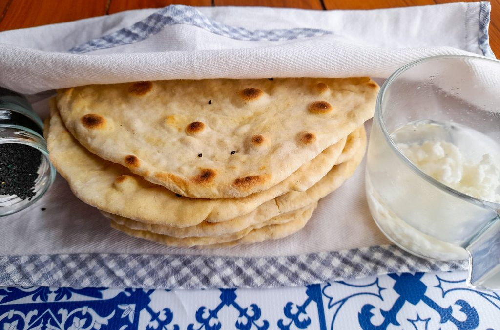 Kefir flatbread with spelt flour without yeast or butter: easy, tasty and cheap