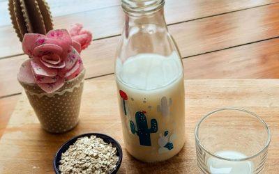 """Il Latte di avena fatto in casa: economico, delizioso e non """"viscido"""""""