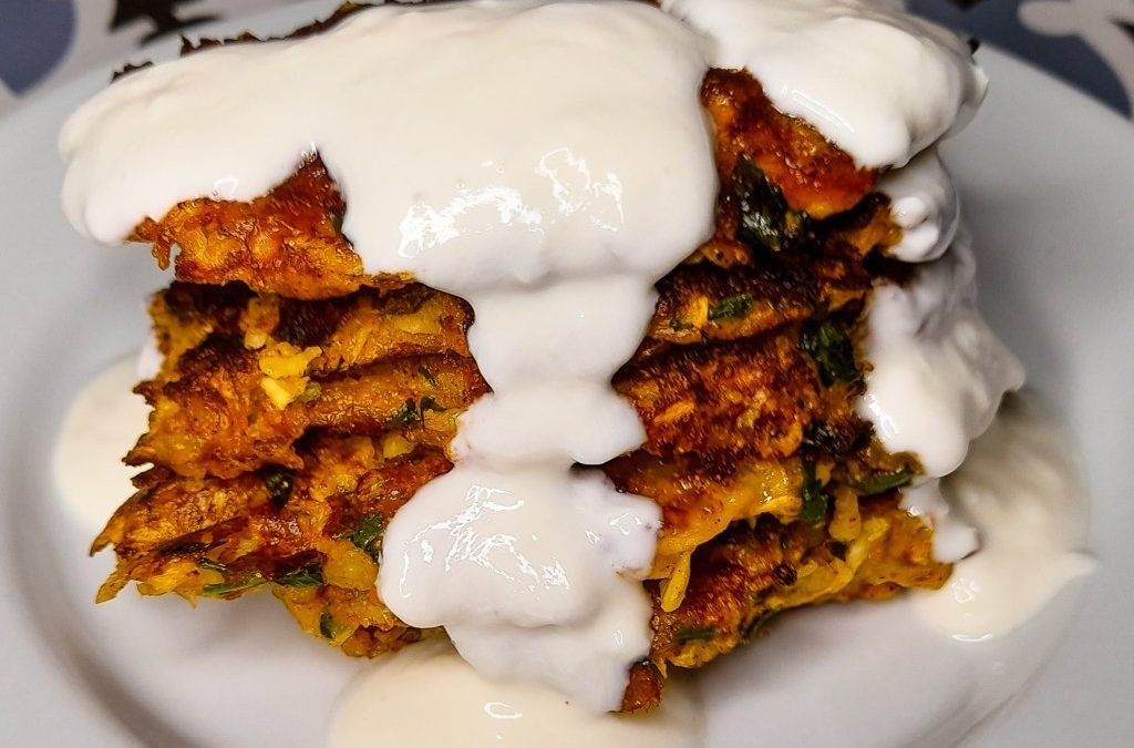 Turkish Zucchini fritters: healthy and low calorie Mucver recipe