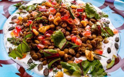 Lentil salad with yogurt and tahini dressing: nutrient-rich poor man's recipe